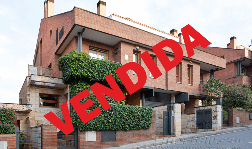 Chalet adosado en venta en calle de villà, Golf, Sant Cugat del Vallès