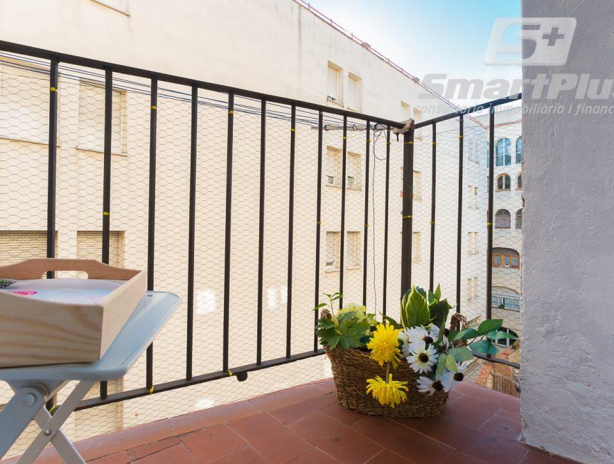 Balcón patio de luces 1.1